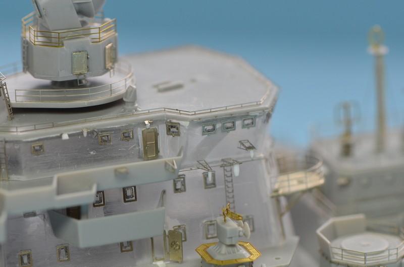 Diorama Class KIROV et Class SLAVA au 1/350 – Kit Trumpeter - Page 2 Rp9weN