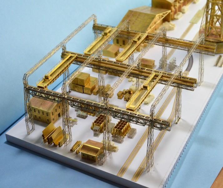 Grande grue 250 t port de Hambourg et Bismarck au 1/350 - Page 6 ULBT7O