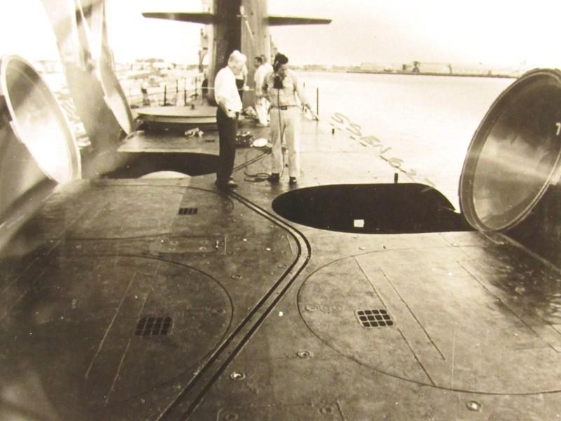 Assembling the excellent Scale Shipyards 1/96 SSBN, USS Daniel Webster Vv2w1t