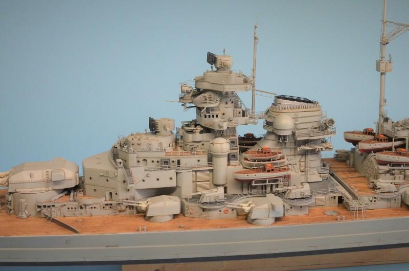 Grande grue 250 t port de Hambourg et Bismarck au 1/350 - Page 15 XNgXFV