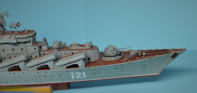 Diorama Class KIROV et Class SLAVA au 1/350 – Kit Trumpeter - Page 7 0ebYGI