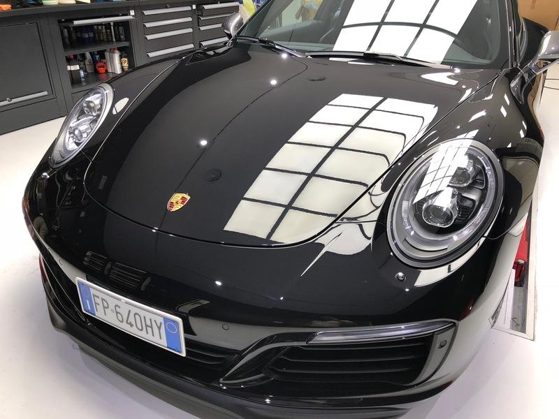 Admin&Brother vs Porsche 911 Carrera T 1ApNL0