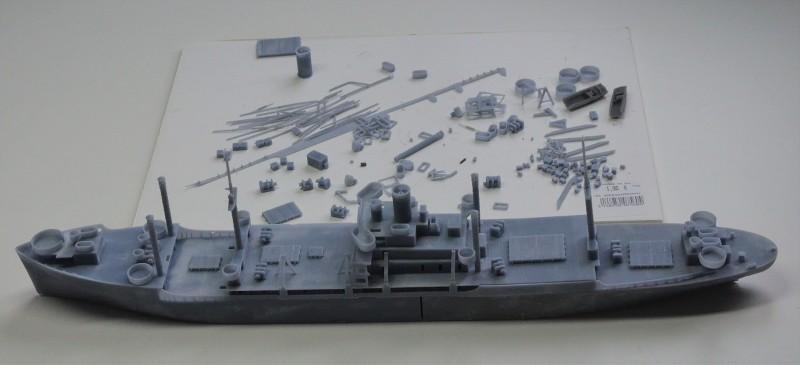 USS CAGE APA-168 au 1/350 - Page 2 9De2IL