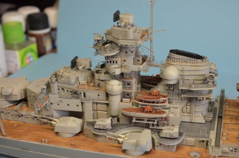 Grande grue 250 t port de Hambourg et Bismarck au 1/350 - Page 15 9JenPY