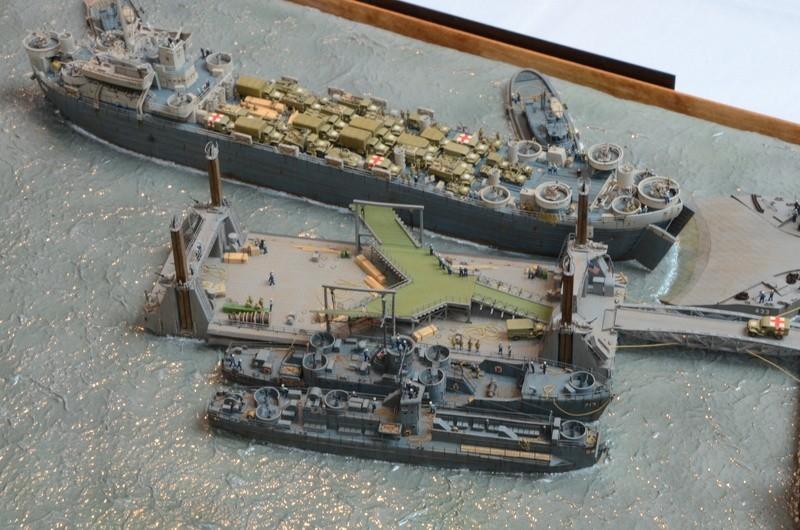 Diorama Port Mulberry A Omaha Beach 16 Juin 1944 au 1/350 - Scratch sur base Iron Shipwrights, Trumpeter et l'Arsenal C8EBOD
