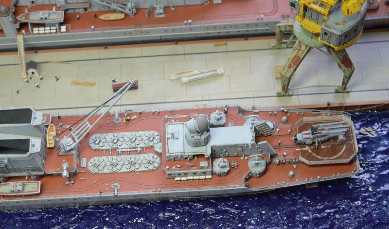 Diorama Class KIROV et Class SLAVA au 1/350 – Kit Trumpeter - Page 9 CmPBqB