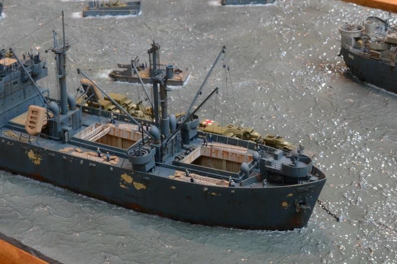 Diorama Port Mulberry A Omaha Beach 16 Juin 1944 au 1/350 - Scratch sur base Iron Shipwrights, Trumpeter et l'Arsenal FVbS02