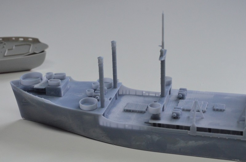USS CAGE APA-168 au 1/350 - Page 2 XB1lgk