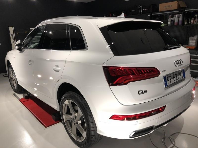 Admin&Brother vs Audi Q5 2018 CImNFT