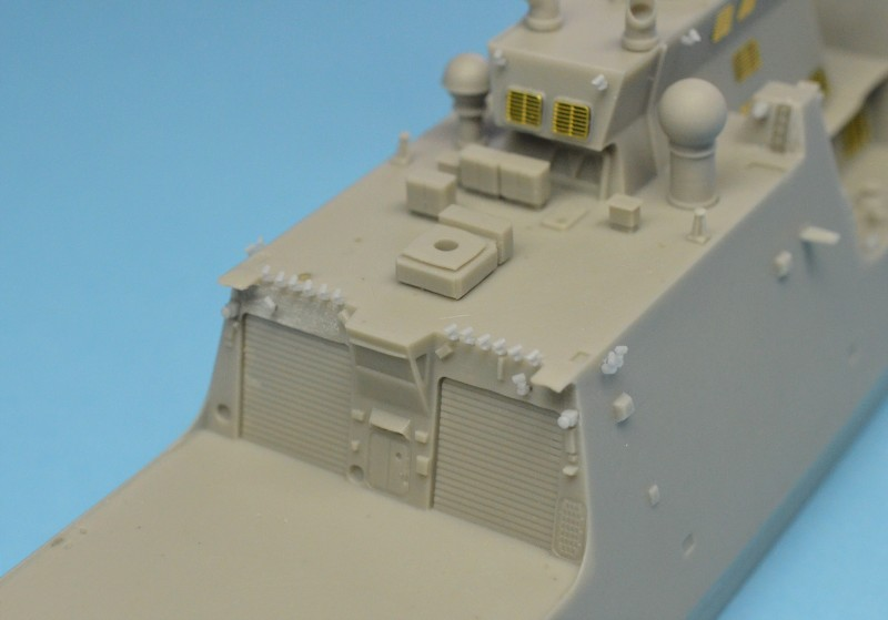 USCGS BERTHOLF 750 au 1/350 de chez Black Cat Model Ea7kmT