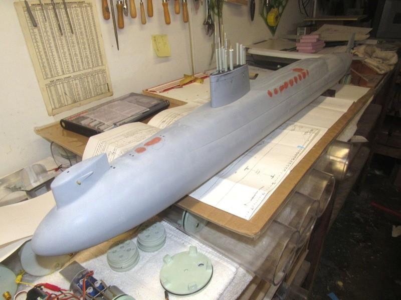 Assembling the excellent Scale Shipyards 1/96 SSBN, USS Daniel Webster LizVcR