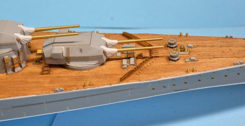 Dio : Grande grue 250 t port de Hambourg et Bismarck (1/350°) - Page 7 SPXHdx