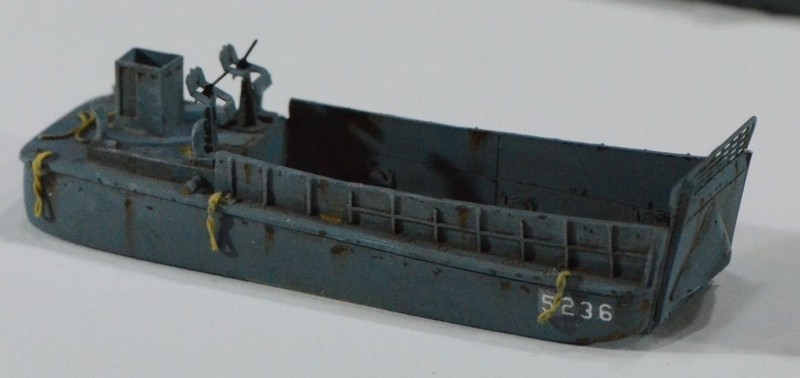Diorama Port Mulberry A Omaha Beach 16 Juin 1944 au 1/350 - Scratch sur base Iron Shipwrights, Trumpeter et l'Arsenal VBFajr