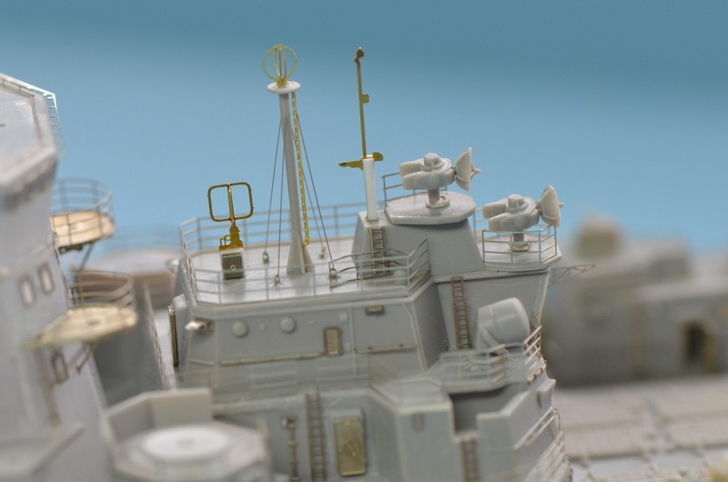 Diorama Class KIROV et Class SLAVA au 1/350 – Kit Trumpeter - Page 2 1yCo0i