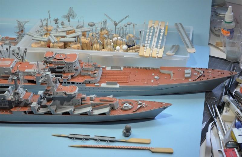 Diorama Class KIROV et Class SLAVA au 1/350 – Kit Trumpeter - Page 4 39ybuP