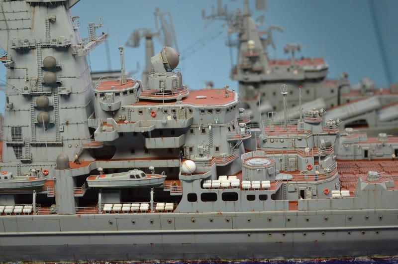 Diorama Class KIROV et Class SLAVA au 1/350 – Kit Trumpeter - Page 9 5DGdUn