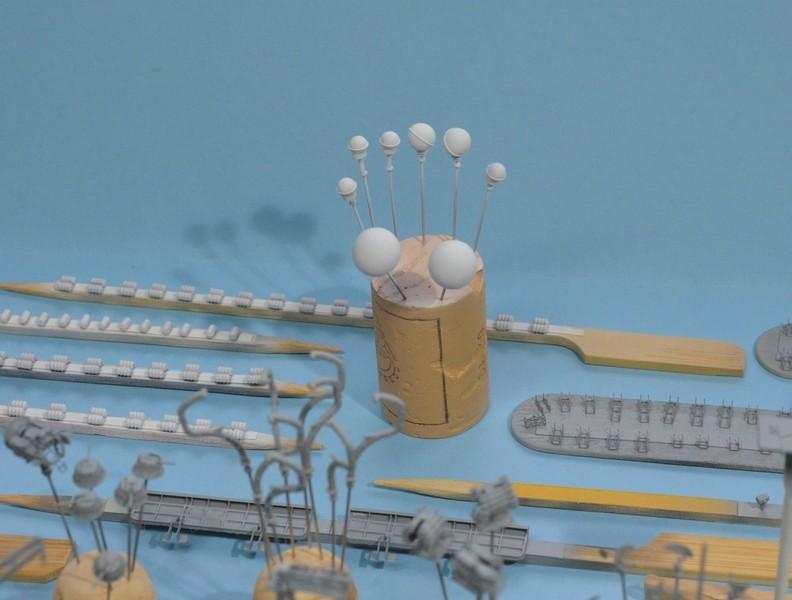 Diorama Class KIROV et Class SLAVA au 1/350 – Kit Trumpeter - Page 4 ImKAQd