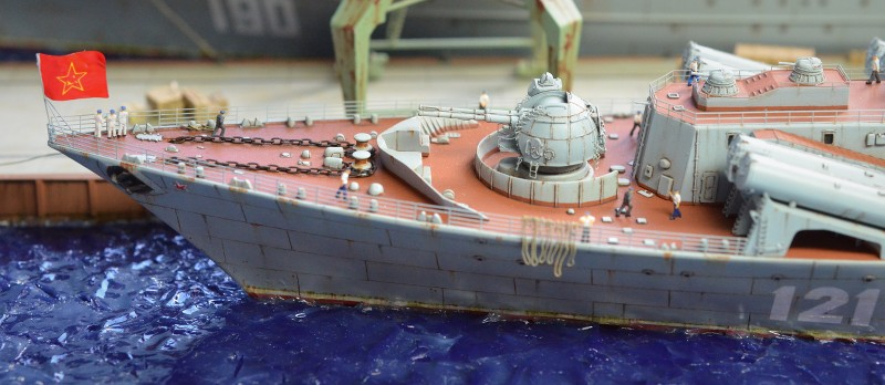 Diorama Class KIROV et Class SLAVA au 1/350 – Kit Trumpeter - Page 9 J2dJkW