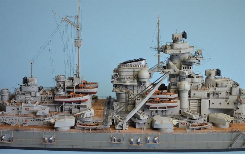 Grande grue 250 t port de Hambourg et Bismarck au 1/350 - Page 15 L5zqAy