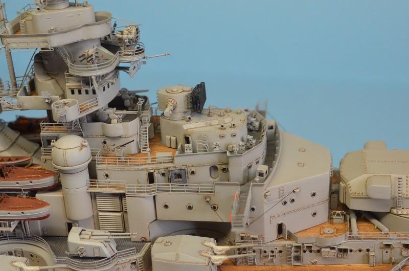 Grande grue 250 t port de Hambourg et Bismarck au 1/350 - Page 15 Nj1uu3