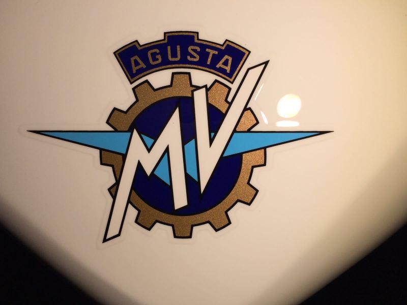 Admin & Brother vs MV Agusta Brutale America P6J5y5