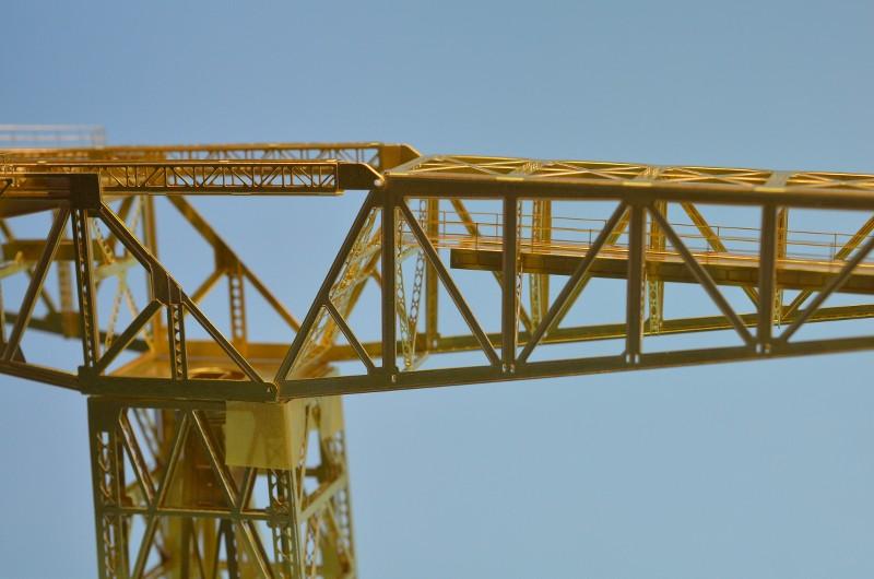 Grande grue 250 t port de Hambourg et Bismarck Revell au 1/350 QKPHSj
