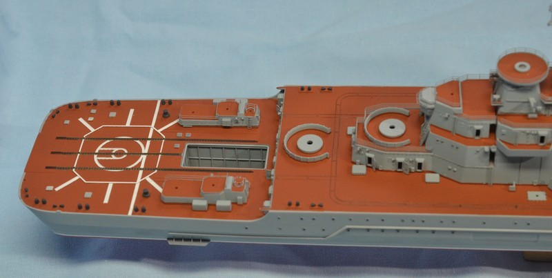 Diorama Class KIROV et Class SLAVA au 1/350 – Kit Trumpeter - Page 3 QKPvbj