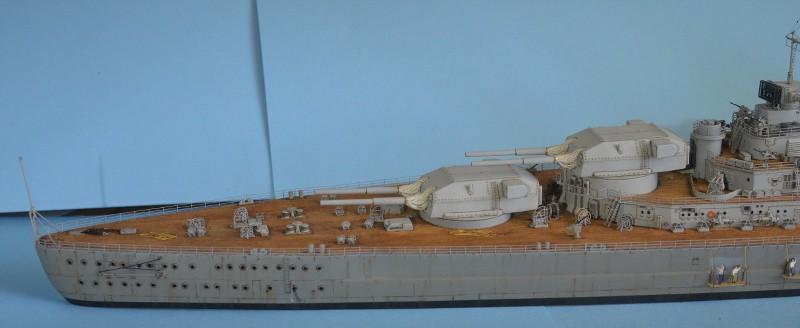 Grande grue 250 t port de Hambourg et Bismarck au 1/350 - Page 15 RduSOo