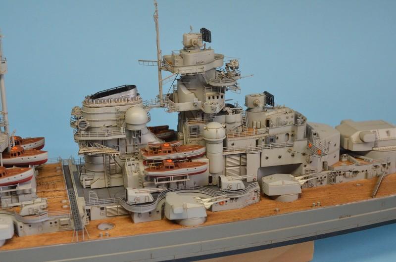 Grande grue 250 t port de Hambourg et Bismarck au 1/350 - Page 15 VyIC0W