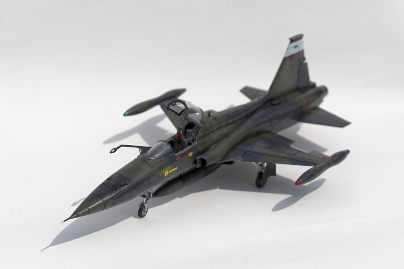 tiger - CF-5A TIGER HOBBIES 1/48 XuN1p7