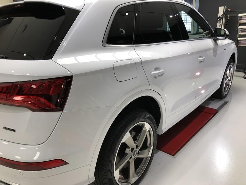 Admin&Brother vs Audi Q5 2018 HyjpnM
