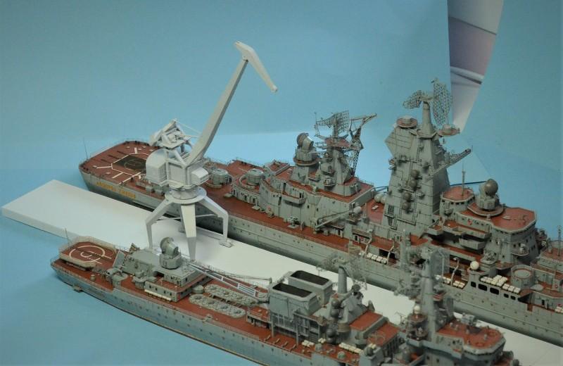 Diorama Class KIROV et Class SLAVA au 1/350 – Kit Trumpeter - Page 8 OVCHud