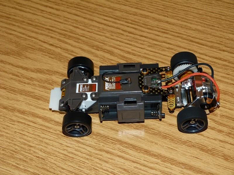 Mes Mini-Z et autres au 1/28 Ir5u