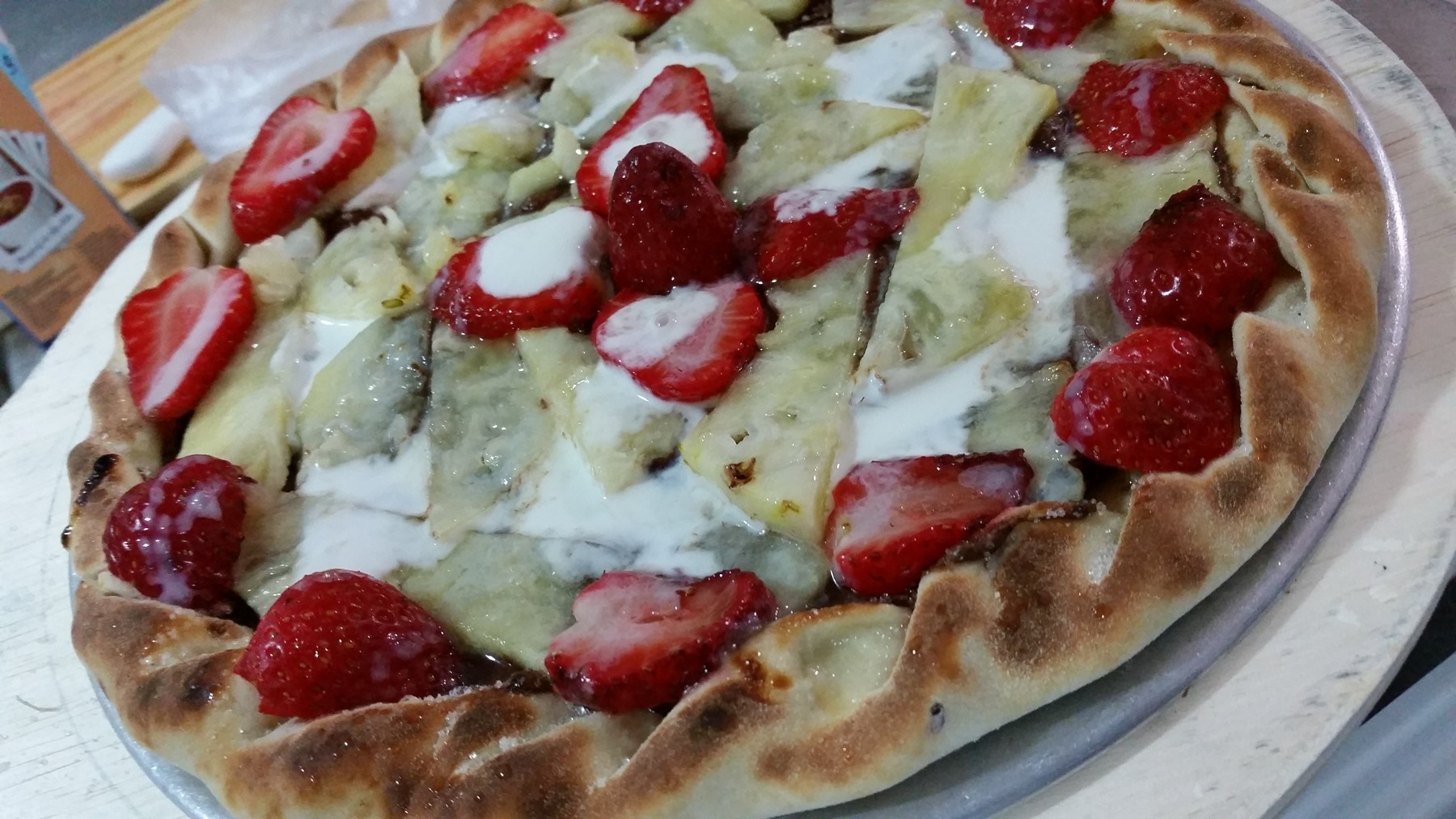 Mais um Forno Las Lenhas do Cheff Hassin construído em Salvador e pizzas sensacionais feitos neste forno! FNR27n