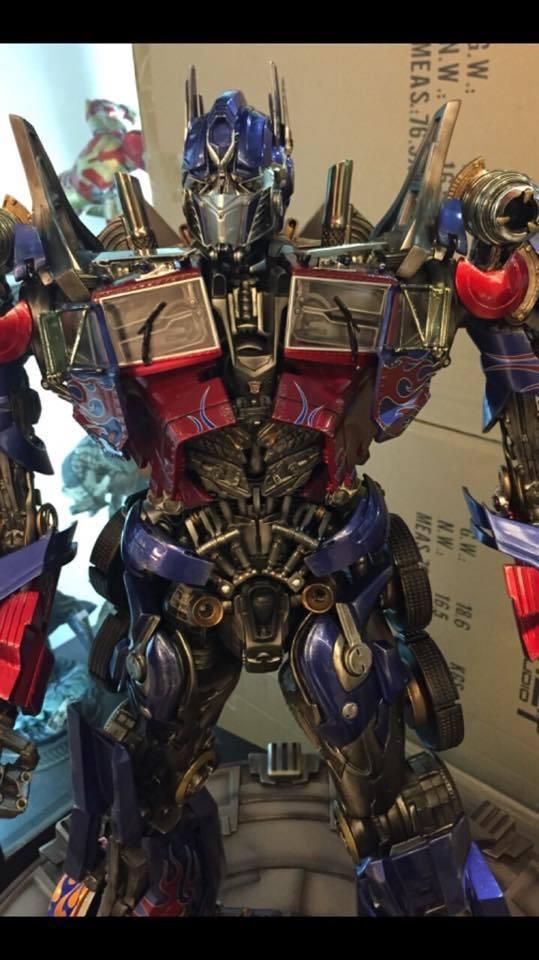 Transformers : DotM - Optimus Prime Statue 9hqKBI