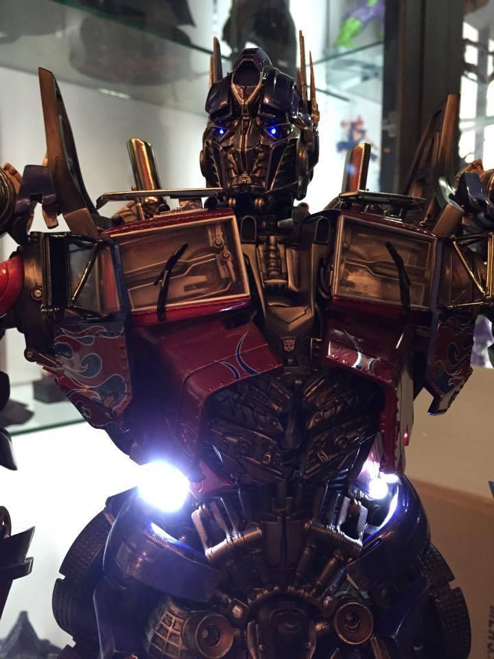 Transformers : DotM - Optimus Prime Statue BmcENk