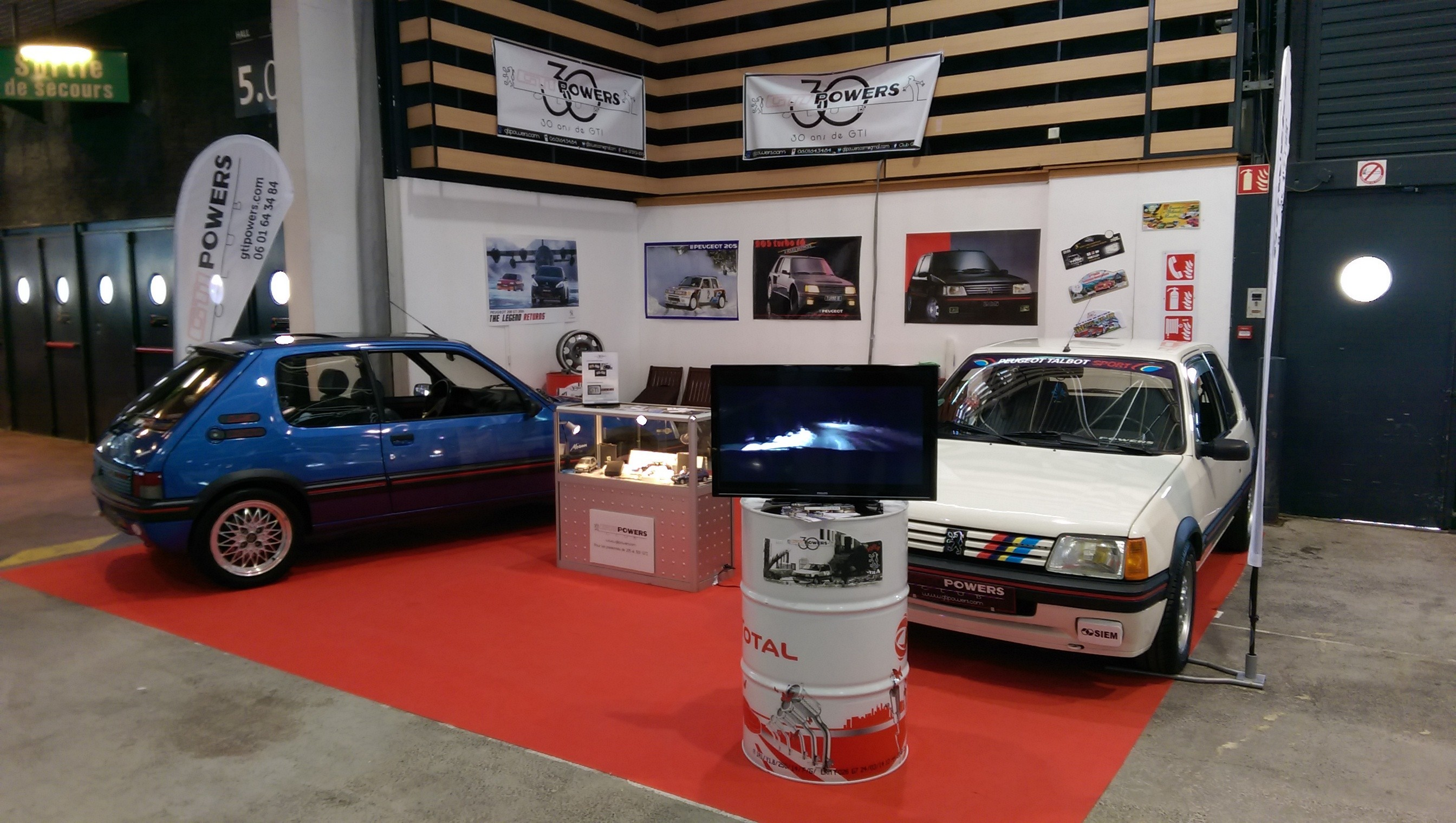 Epoqu'auto - Lyon - 7-8-9 Nov 2014 - Hall 5 Stand Y31 - Page 3 RsvTwT