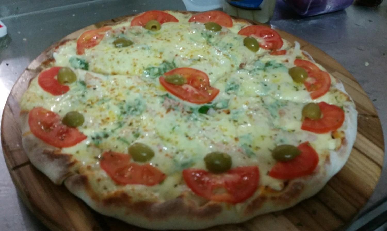 Mais um Forno Las Lenhas do Cheff Hassin construído em Salvador e pizzas sensacionais feitos neste forno! GTdTMO