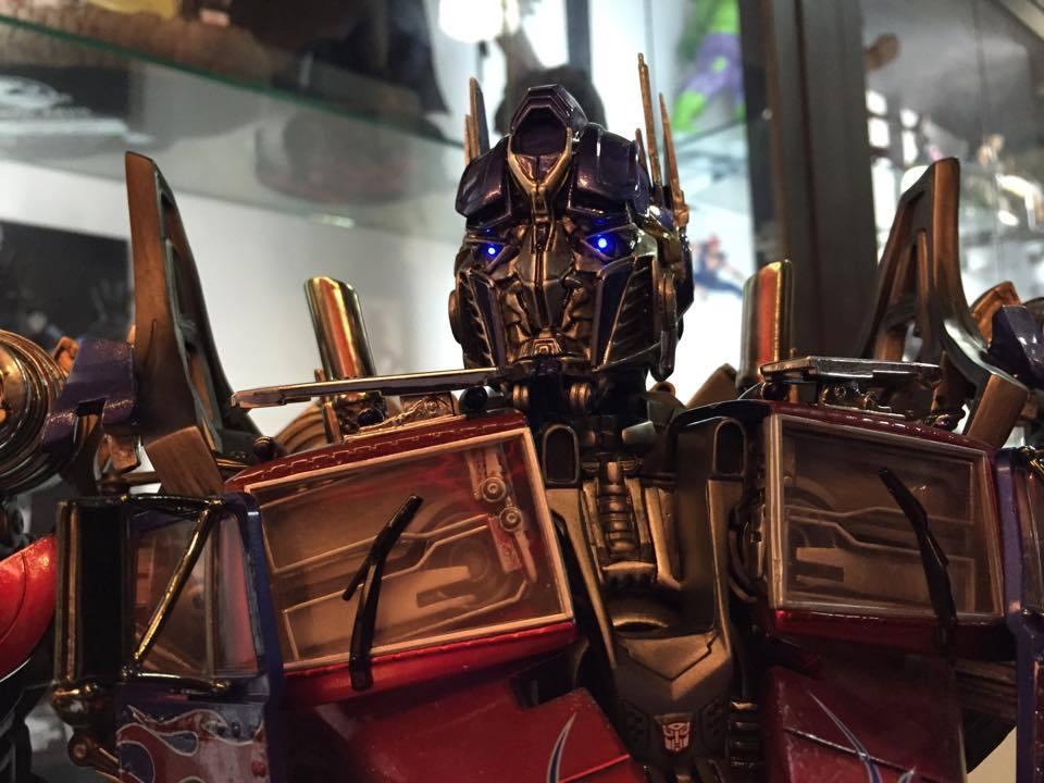 Transformers : DotM - Optimus Prime Statue Ls7XOs
