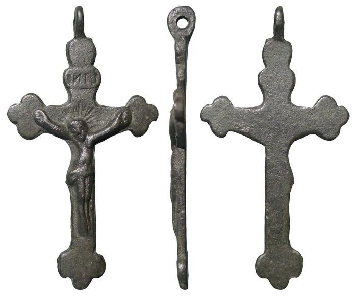 Crucifijo trilobulado. S-XVIII - CC089 NhTo3P