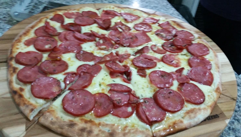 Mais um Forno Las Lenhas do Cheff Hassin construído em Salvador e pizzas sensacionais feitos neste forno! FhgqPZ