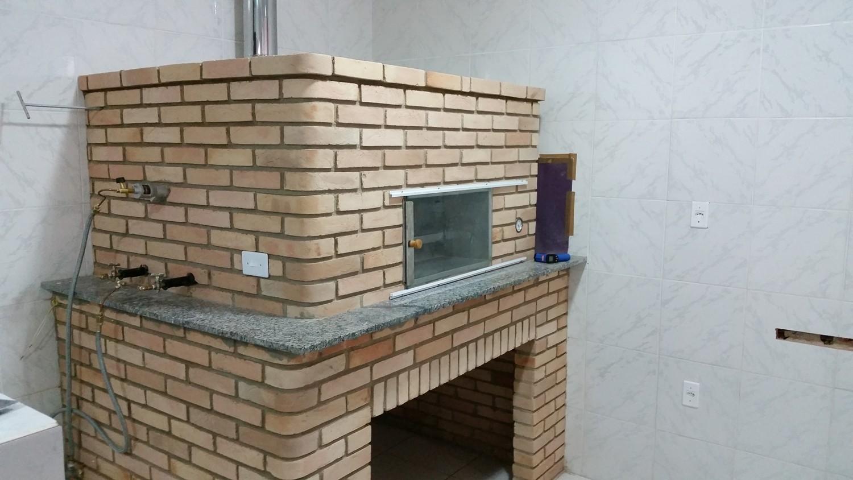 Mais um Forno Las Lenhas do Cheff Hassin construído em Salvador e pizzas sensacionais feitos neste forno! AfGvdC
