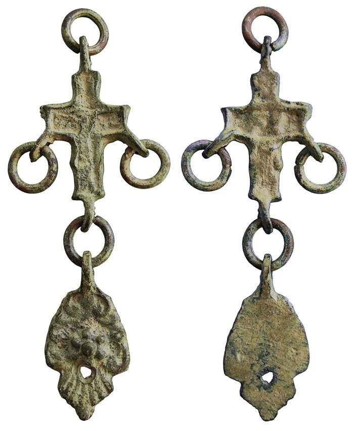 Crucifijo (bizantino?) con cuatro asas - CC069 4az8Mt