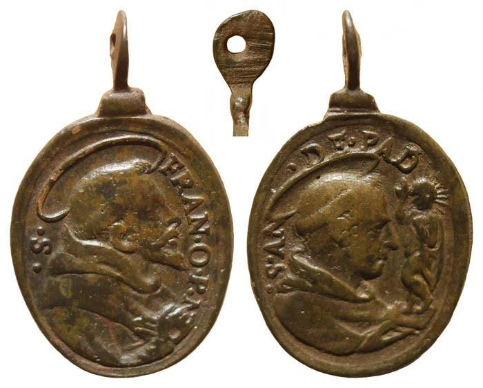 Medalla S Francisco de Asis / S Antonio de Padua , S. XVII - (R.M. SXVII-O287) J3C3mx