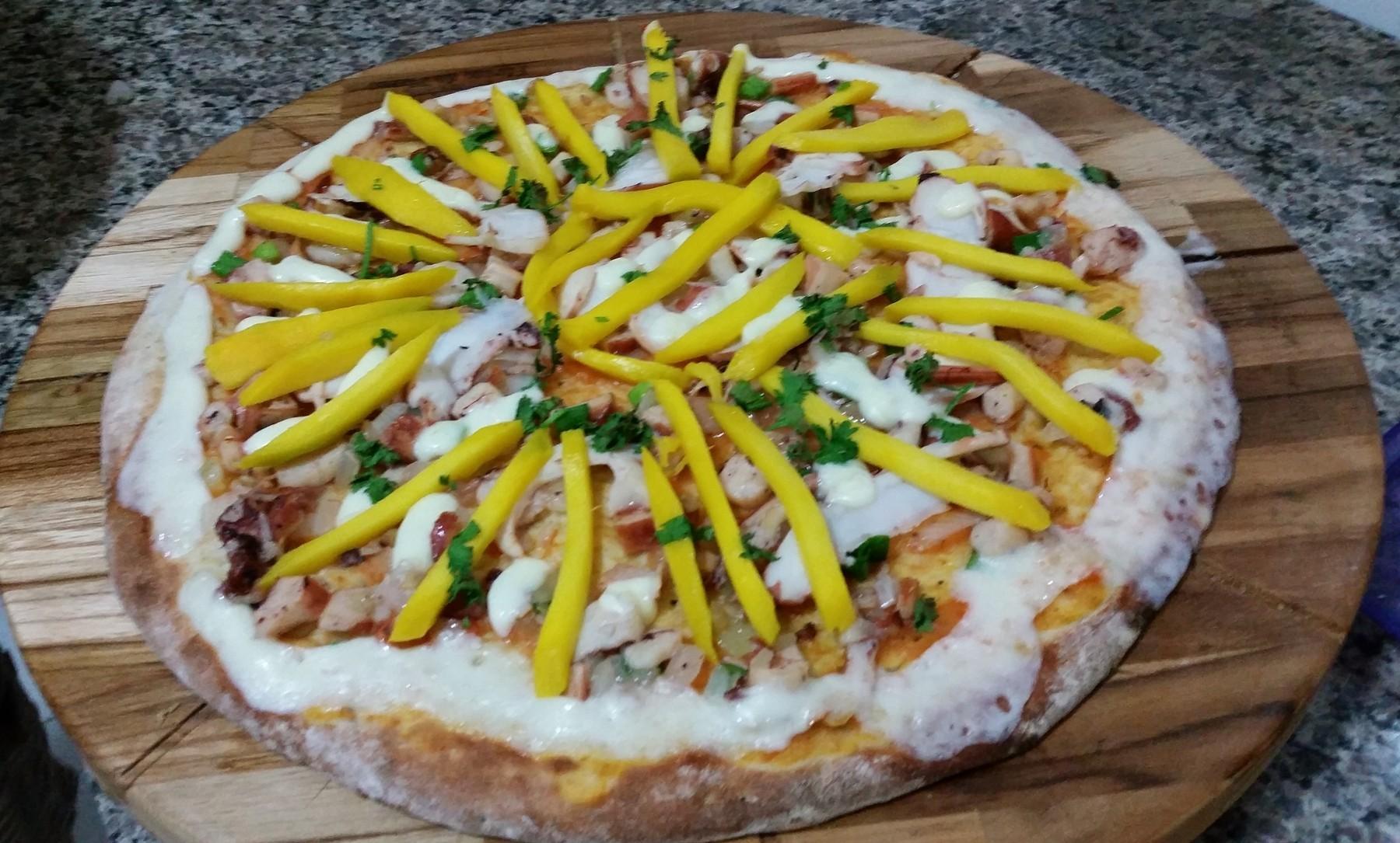 Mais um Forno Las Lenhas do Cheff Hassin construído em Salvador e pizzas sensacionais feitos neste forno! 0ZUmZr