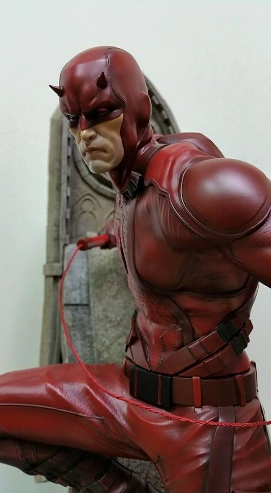 Premium collectibles : Daredevil  - Page 3 HoMGLb