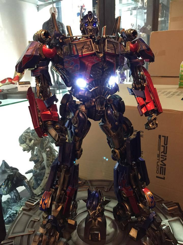 Transformers : DotM - Optimus Prime Statue GP5shs