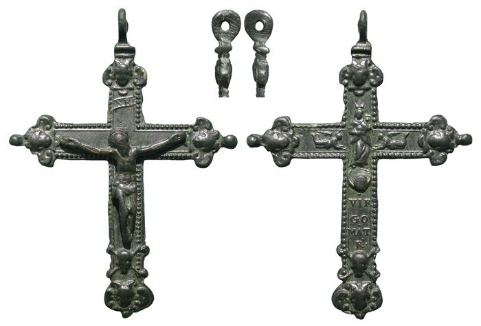 Crucifijo bifaz Virgen con Niño,  pezuelada, S-XVII – MR(050) CC-007 [Pec014/S-XVII]* LpiDY2