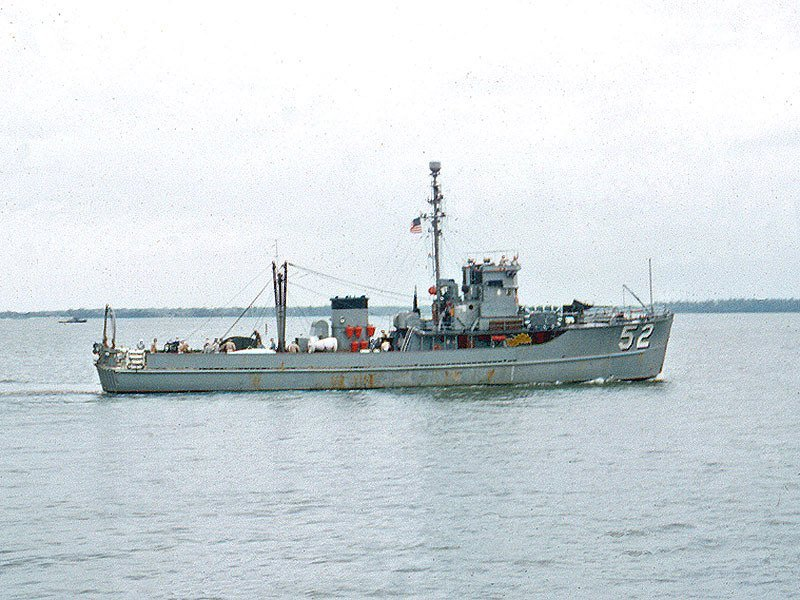 Dragueur côtier Mercure Heller 1/400 AZff2F
