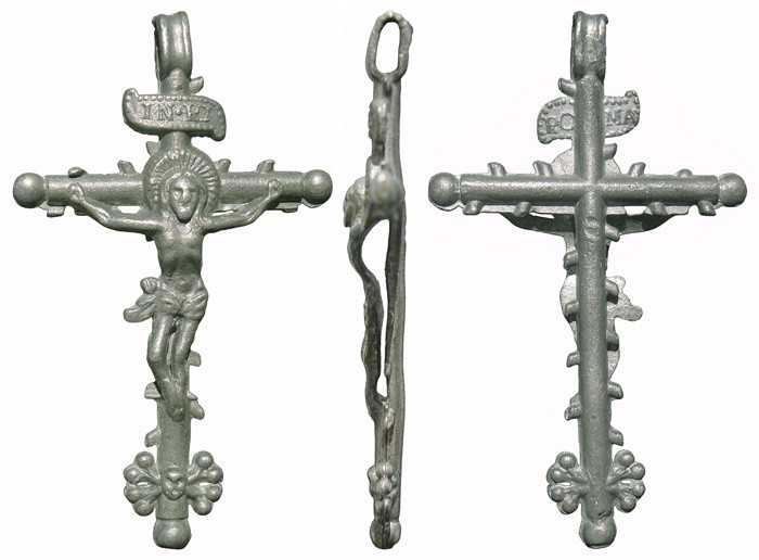 Crucifijos en plomo G6HZyb